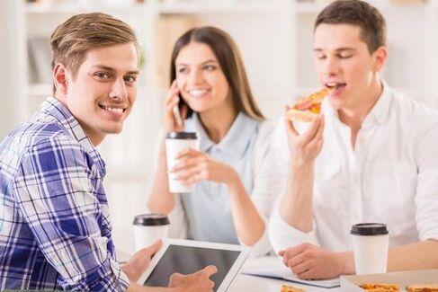 40% reducere la pizza, daca esti la birou!