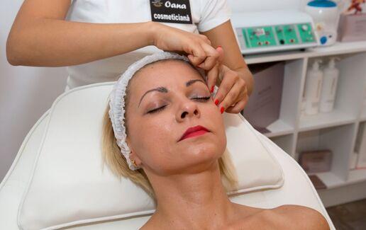Tratament facial de lux Skeyndor cu aur pur 24k